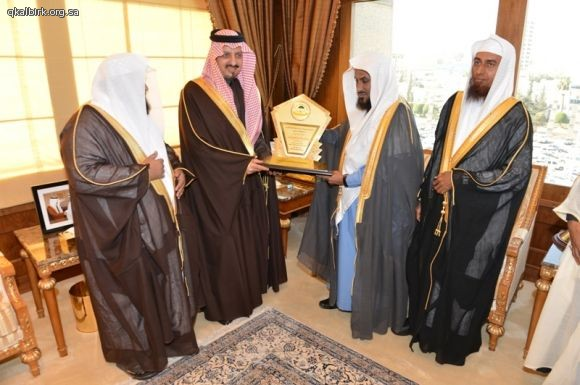 لقاء أمير عسير  فيصل بن خالد32