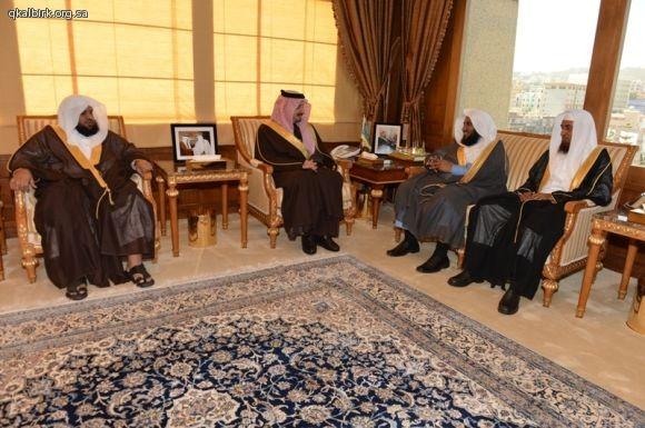 لقاء أمير عسير  فيصل بن خالد68