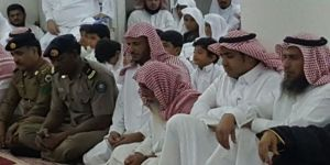 الشيخ عبدالله الصوينع يتبرع للحافظين والحافظات المكرًمين