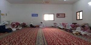 صور من حلقة البراء بن مالك رضي الله عنه في مسجدالصحين