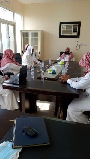عضو هيئة كبار العلماء ومفتي منطقة عسير في زيارة للجمعية
